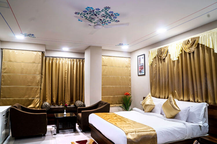 best-hotels-in-udaipur