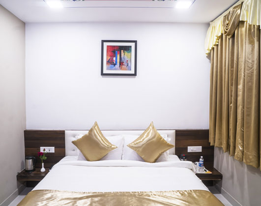 Deluxe Rooms in Udaipur-Hotel KingFisher Udaipur