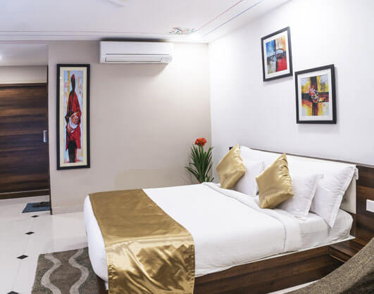 Super Deluxe Room-Hotel KingFisher Udaipur